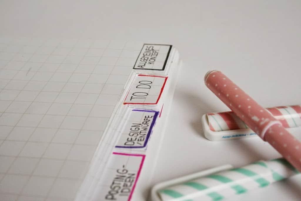 DIY Blogplaner gestalten Ringbuch Registerkarten Organisation Filofax