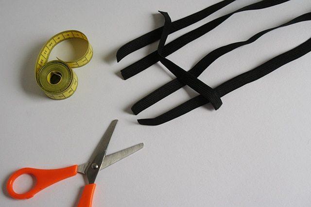 DIY Garter Strumpfband Cage Style
