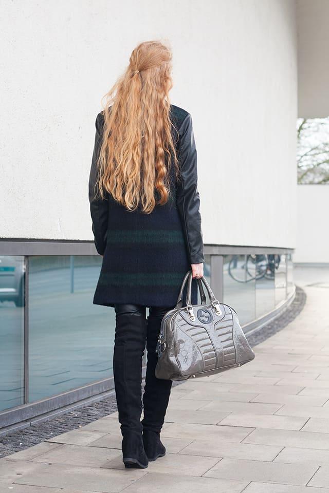 Outfit Winter Trends 2015 Lederhose Mantel Overknees Bluse