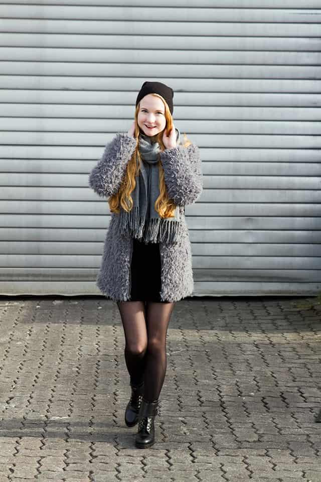 Fake Fur KunstFellmantel kombinieren Grau Schwarz Blogger
