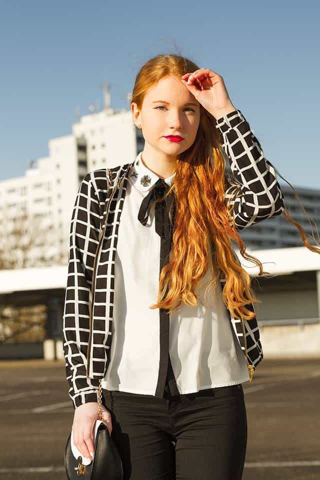 Frühlingstrend Bomberjacke Outfit Schwarz Weiß Große Karos Modeblogger Oldenburg