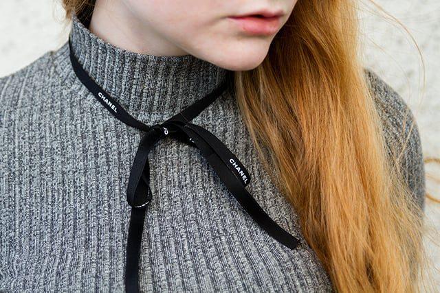 Outfit Frühlingstrend 2016 Glockenärmel Rollkragen