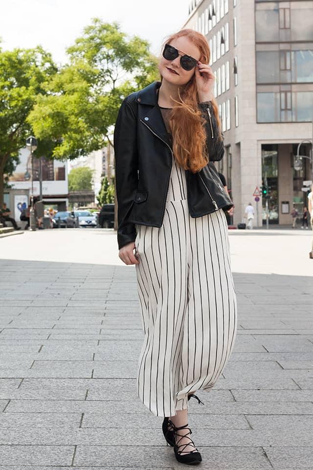 {Fashionweek Outfit} Gestreifter Overall mit weitem Bein