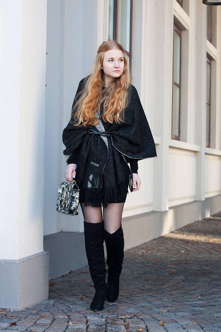 outfit-xxl-schal-als-cape-all-black