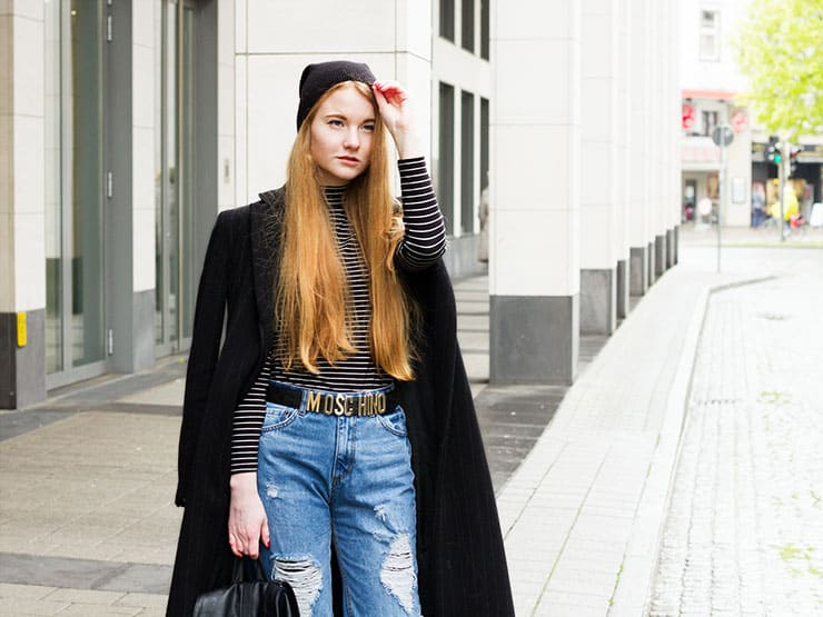 Outfit Mom Jeans Moschino Gürtel Streetstyle Bremen Modeblogger