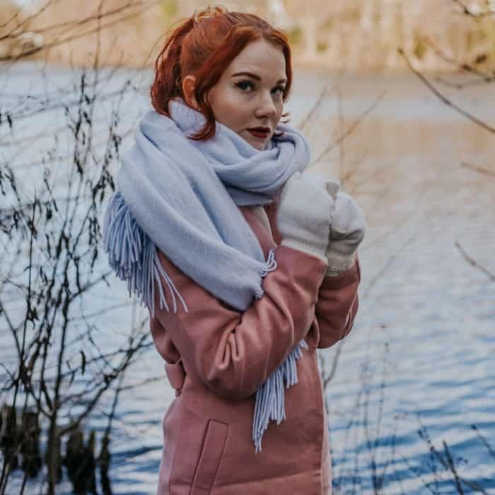 Posing Tipps mit Schal Fee Schoenwald